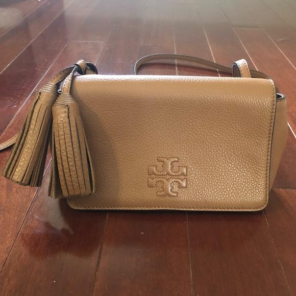 a5fe36a330de Tory Burch crossbody bag. M 5b3902c5534ef9457307c955